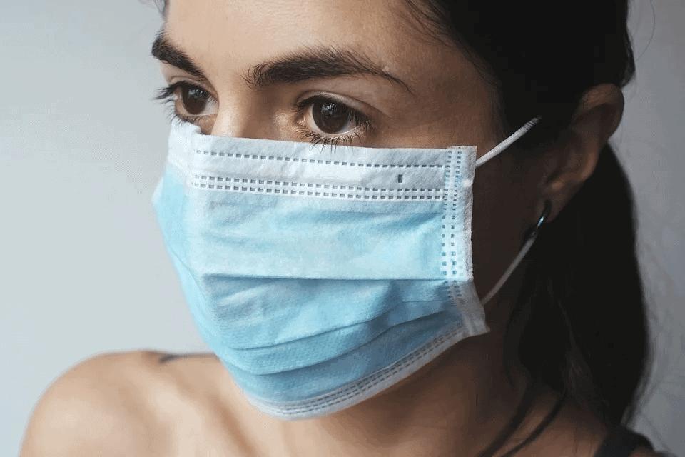 Mantenerse conectado durante el coronavirus en California