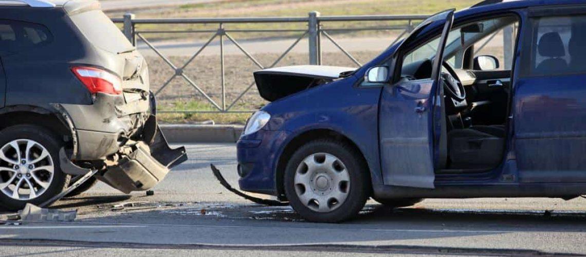 Culpa en Sacramento auto del accidente aumenta las tasas de seguros